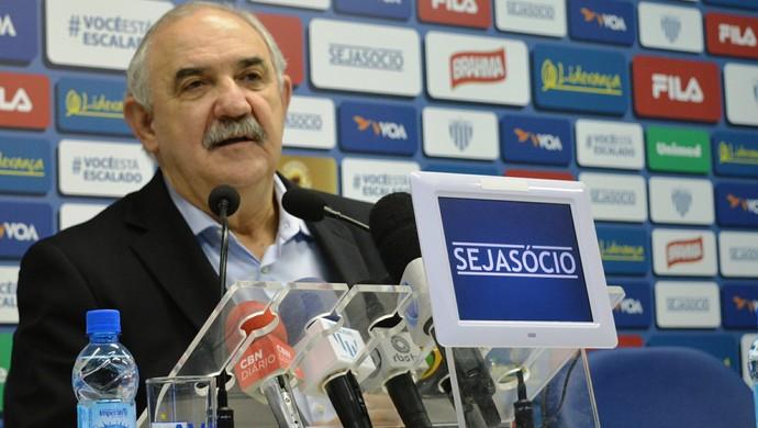 Nilton Macedo Machado Avaí (Foto: Renan Koerich)