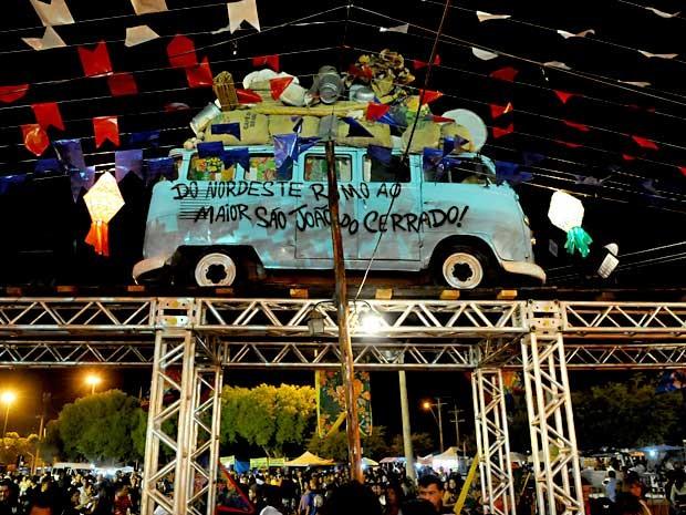 """Decoração da festa """"O Maior São João do Cerrado"""", que acontece no Ceilambódromo, em Ceilândia, no DF  (Foto: Divulgação)"""