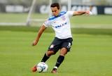 """Titular, Jadson faz treino """"raro"""" e projeta sequência no Corinthians"""