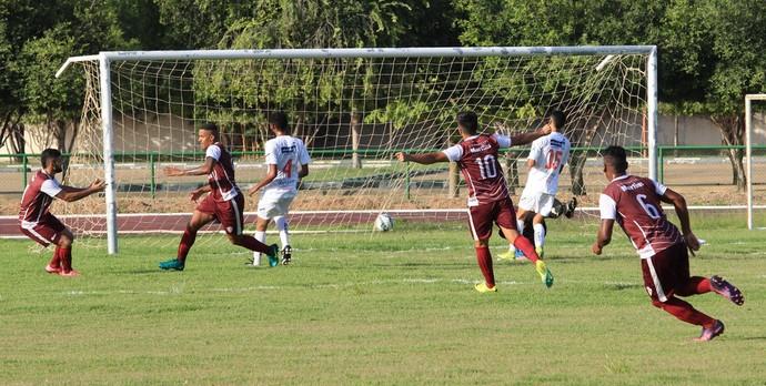 Atlético abriu o placar com Welligton na vitória por 3 a 0 sobre o Náutico-RR (Foto: Imagem/Tércio Neto)
