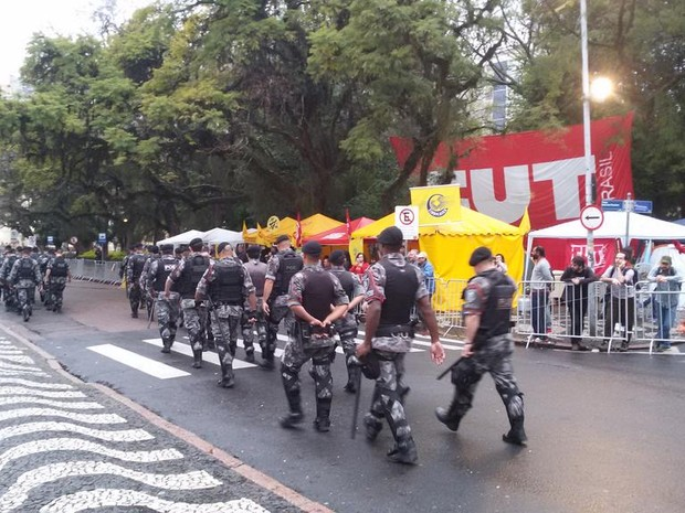 Segurança foi reforçada no Centro de Porto Alegre (RS) (Foto: Brigada Militar/Divulgação)