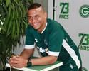 Walter é regularizado e fica disponível para reestrear pelo Goiás nesta sexta