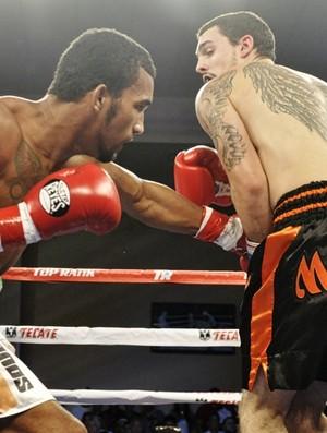 Esquiva Falcão volta aos ringues no dia 6 de dezembro (Foto: TR Boxing/Divulgação)
