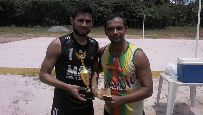 """Labilá e Márcio, campeões do """"Rei do Futevôlei"""" (Foto: Gustavo Campos/GloboEsporte.com)"""