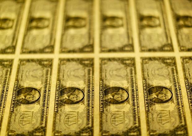 Escritório de Gravação e Impressão produz mais de US$ 500 milhões em novas cédulas por dia  (Foto: Gary Cameron/Reuters)
