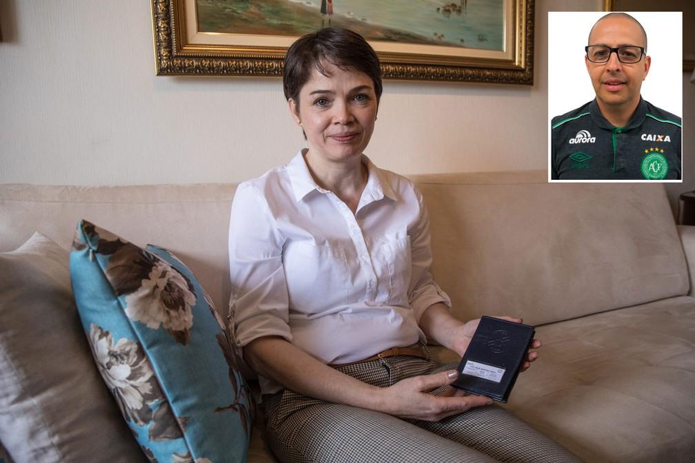 Fabienne, presidente da associação dos familiares das vítimas do voo da Chapecoense, recebeu até o momento apenas passaporte do marido, o fisiologista Luiz César Martins Cunha (Foto: Fabio Tito/G1)