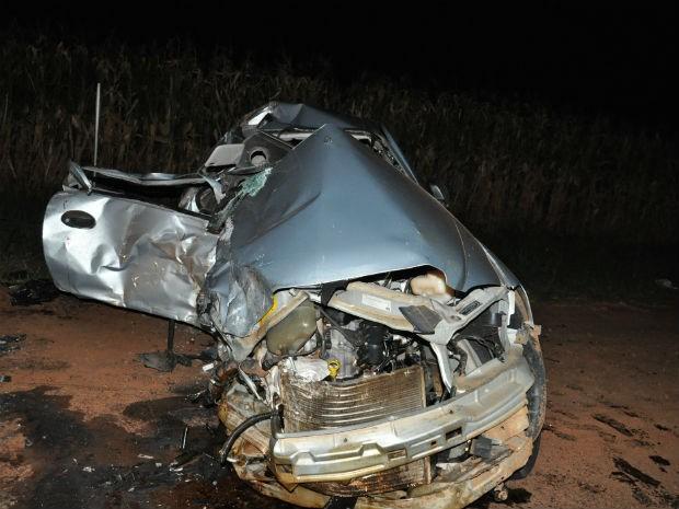 Duas pessoas morreram no acidente (Foto: Cristine Kempp/Aquiagoranet/Divulgação)
