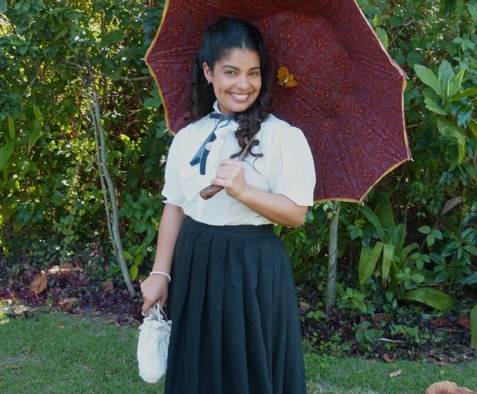 Dani não esconde a felicidade de interpretar Rita em 'Além do Tempo' (Foto: Karen Fideles/Gshow)