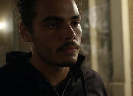 Pedro aparece para Luciana