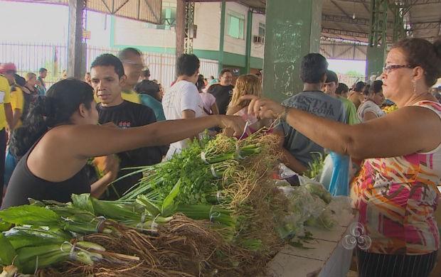 Feira do bairro Buritizal em Macapá (Foto: Reprodução/TV Amapá)