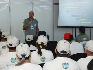 Carlos Henrique de Souza ministrou duas palestras voltadas para criadores de ovinos e caprinos (Foto: Marco Polo Veras/Sebrae-RN)