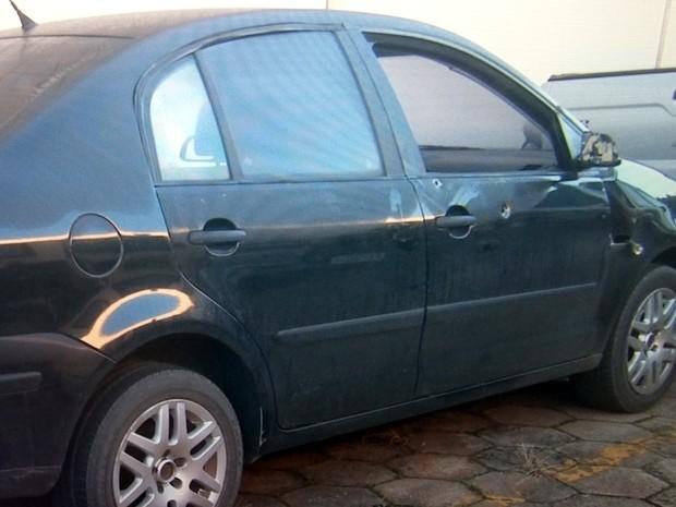 Veículo usado pela PF também ficou danificado na ação em Piracicaba (Foto: Reprodução/EPTV)