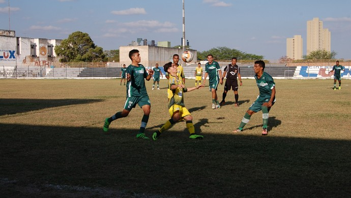 Sport Campina x Nacional de Patos (Foto: Silas Batista / GloboEsporte.com/pb)