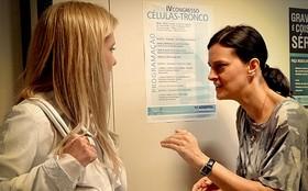 No hospital, Janaína ameaça Carminha