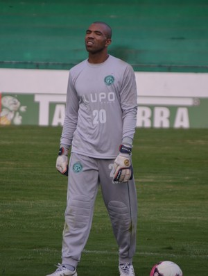 Emerson, goleiro do Guarani (Foto: Murilo Borges / Globoesporte.com)