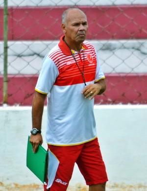 Marcelo Buarque técnico Tricordiano (Foto: Régis Melo)