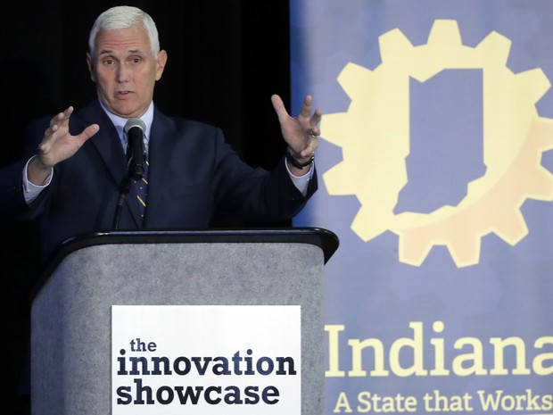 Mike Pence fala durante o Innovation Showcase, na quinta-feira (14), julho 14, 2016. (Foto: AP Photo/Darron Cummings))