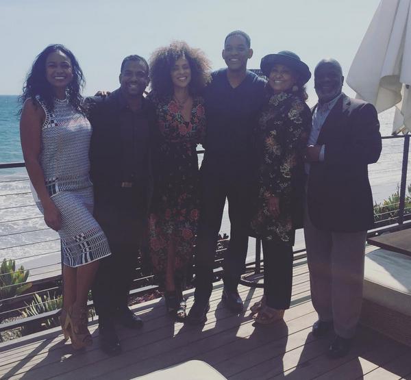 A reunião de Will Smith e os membros do elenco de Um Maluco no Pedaço (Foto: Instagram)