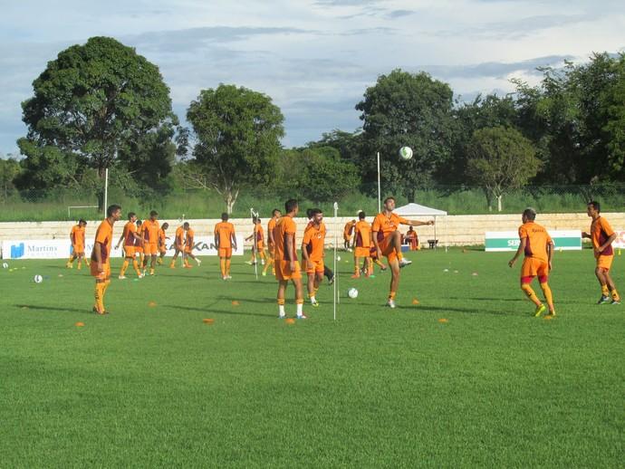 treino River-PI (Foto: Abdias Bideh/GloboEsporte.com)