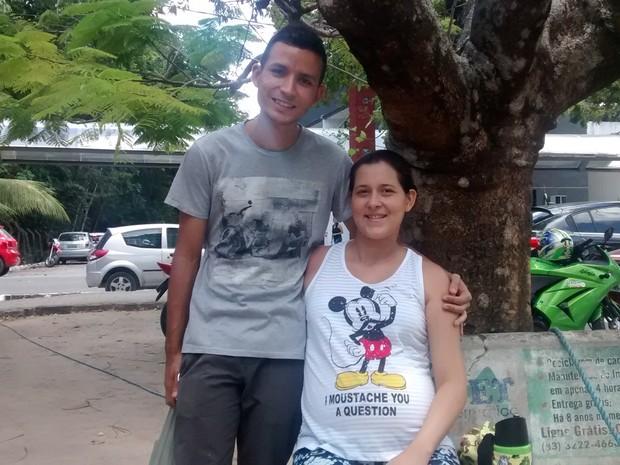 Enem 2015 Grávida faz prova no Campus da UFPB, em João Pessoa (Foto: Diogo Almeida/G1)