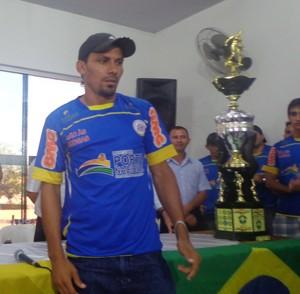Lourival, artilheiro da Segundona 2013, está no elenco do Interporto (Foto: Vilma Nascimento/GLOBOESPORTE.COM)