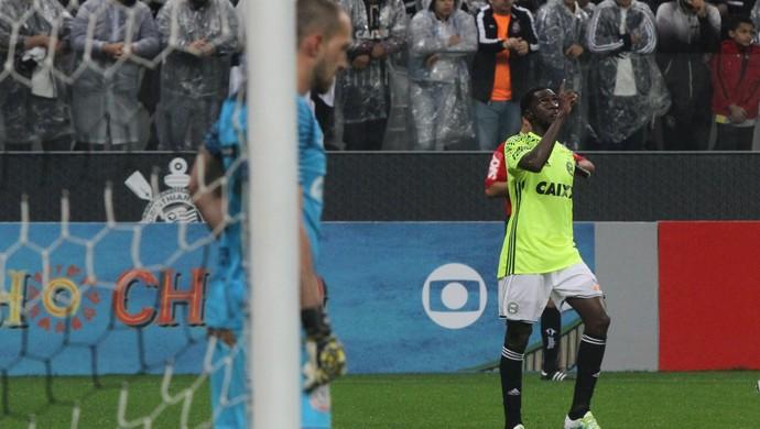 Negueba Coritiba Corinthians (Foto: Divulgação/ Coritiba)