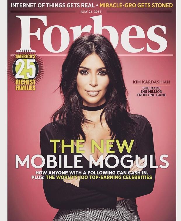 Kim Kardashian é capa da Forbes (Foto: Reprodução / Instagram)