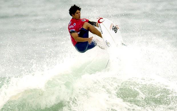 Gabriel Medina surfe Rio Pro (Foto: Christophe Simon / AFP)