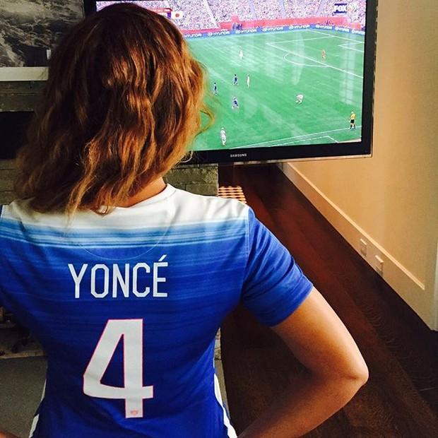 Beyoncé com a camisa da seleção dos Estados Unidos (Foto: Instagram/ Reprodução)