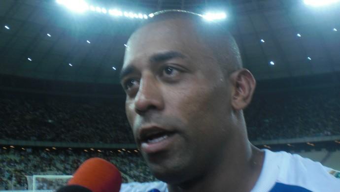 Robert fez o gol do Fortaleza no Clássico-Rei, no Castelão (Foto: Thaís Jorge)