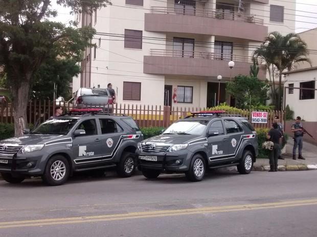 Segundo procuradora, prefeito Acir Filló, de Ferraz de Vasconcelos, recebeu determinação do afastamento no prédio onde mora. (Foto: Maiara Barbosa/G1)