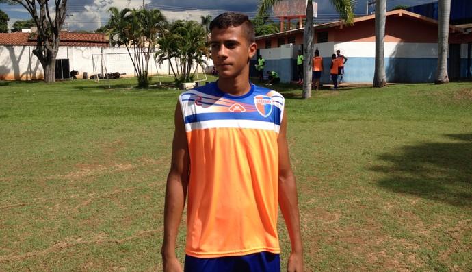 Diego Henrique zagueiro Grêmio Prudente sub-20 (Foto: Ronaldo Nascimento / GloboEsporte.com)
