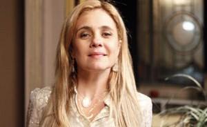 Atriz promete se dedicar à família e admite: 'Pensei mais nela do que em mim' (Avenida Brasil / TV Globo)