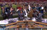 Campeão do Super Bowl rouba a cena com tombo e provoca rival (Reprodução NFL TV)