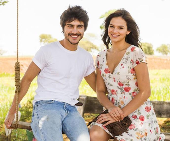 Guilherme Leicam e Bruna Marquezine eram par em Em Família (Foto: Globo/João Miguel Júnior)