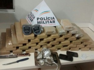 Drogas apreendidas Uberlândia (Foto: Polícia Militar/ Divulgação)