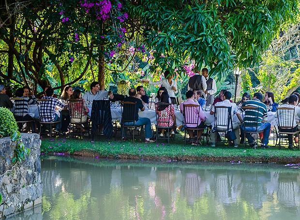 Banquete sustentável ao ar livre no Gastronômade (Foto: Divulgação/Luís Carlos Lima)