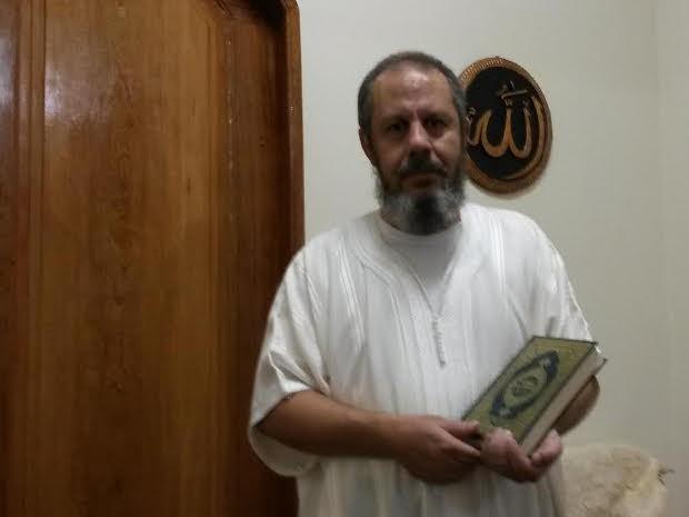 Imam Said diz que páscoa, para os muçulmanos, ocorre no décimo dia do primeiro mês do calendário lunar (Foto: Ingo Müller/ G1)