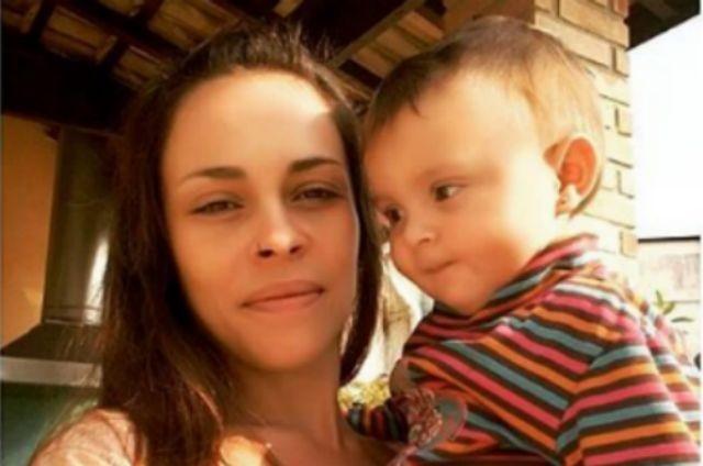 Gisele Frade com Nina Rosa (Foto: Reprodução)