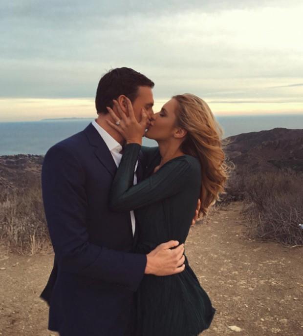 Ryan Lochte e a noiva, Kayla Rae Reid (Foto: Reprodução/Instagram)