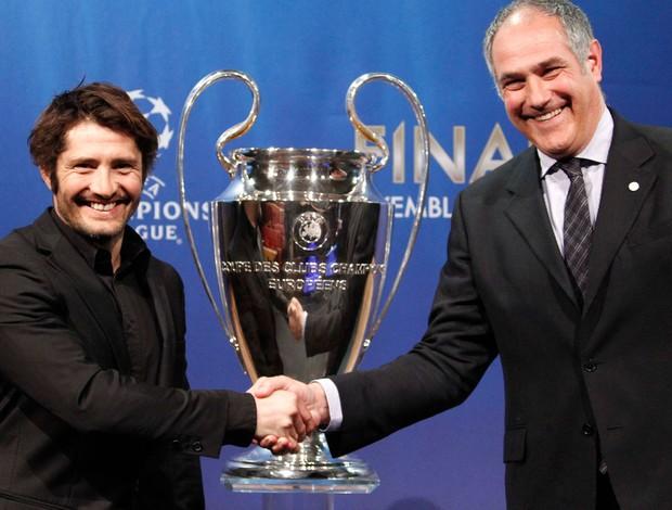 Lizarazu bayern de munique e Zubizarreta Barcelona sorteio liga dos campeões (Foto: Agência Reuters)