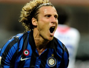 forlan Catania x internazionale (Foto: Getty Images)