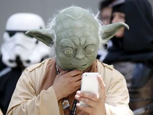 Fãs de Star Wars no Dia de Star Wars no Japão (Foto: Toru Hanai/Reuters)