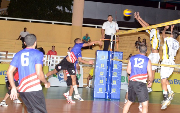 boa estreia (Kid Junior/CBV)