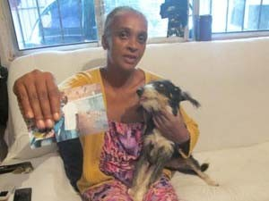Sueli Dias, mãe de Fábio Hamilton, morto na obra da Arena Corinthians (Foto: Kleber Tomaz/G1 SP)