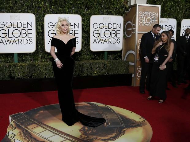 Lady Gaga em premiação em Los Angeles, nos Estados Unidos (Foto: Mario Anzuoni/ Reuters)