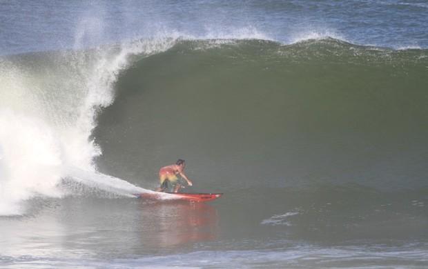 Surfista Aldemir Calunga sofre grave acidente no México (Foto: Angel Salinas)