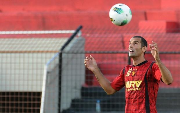 César - Sport (Foto: Aldo Carneiro / Pernambuco Press)