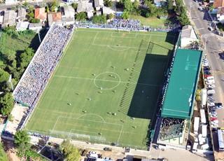 Estádio Antônio Vieira Ramos, do Cerâmica, de Gravataí, é a casa do Cruzeiro, de Cachoeirinha, no Gauchão 2017 (Foto: Divulgação / Cerâmica Atlético Clube)