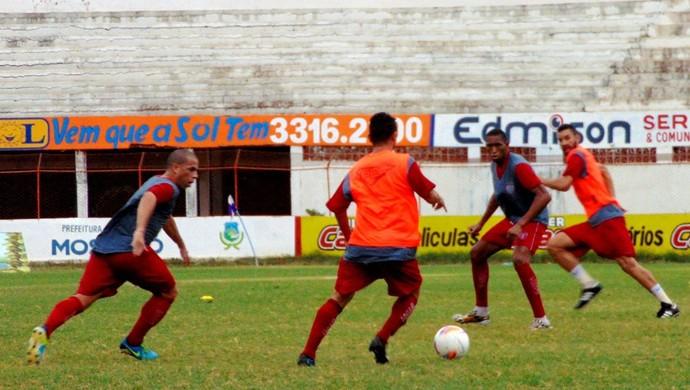 RN - Potiguar de Mossoró treino Estádio Nogueirão (Foto: Marcelo Diaz/Divulgação)